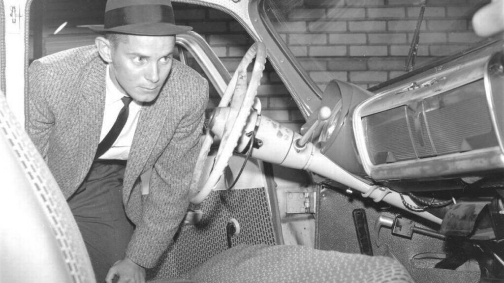 Lexington Kentucky detective examines vehicle of Betty Gail Brown who was murdered on Transylvania University's campus